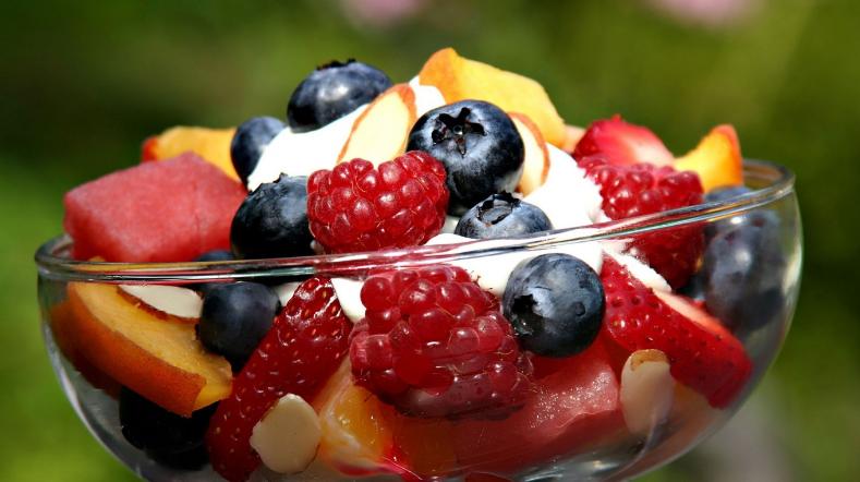 diyet meyve salatası