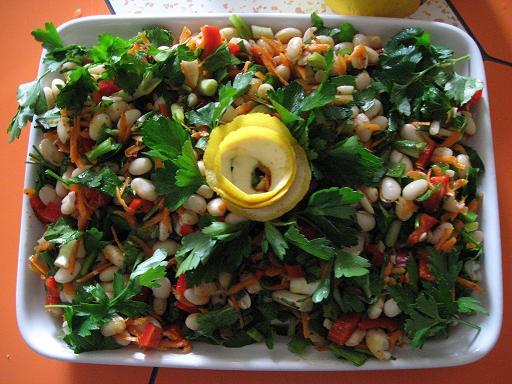 kuru fasulye salatası (piyaz)