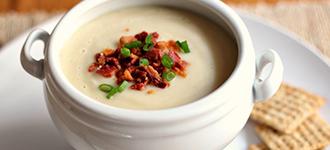 Erişteli yoğurt çorbası malzemeler